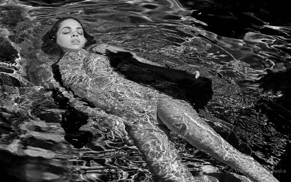 Water is a woman, photography project by Weronika Mliczewska, Doubleyoubyweronika.com